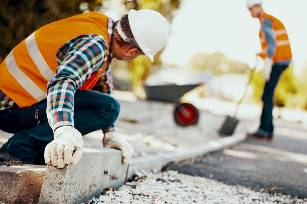 Construction is a booming industry in Australia and skilled workers can apply for visas in General Skilled Migration (subclass 189, 190, 491) or in the Employer Sponsored program (subclass 482, 186, 494), depending on the occupation.