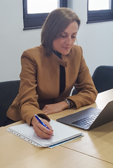 Emanuela  Canini – Managing Director and Migration Agent