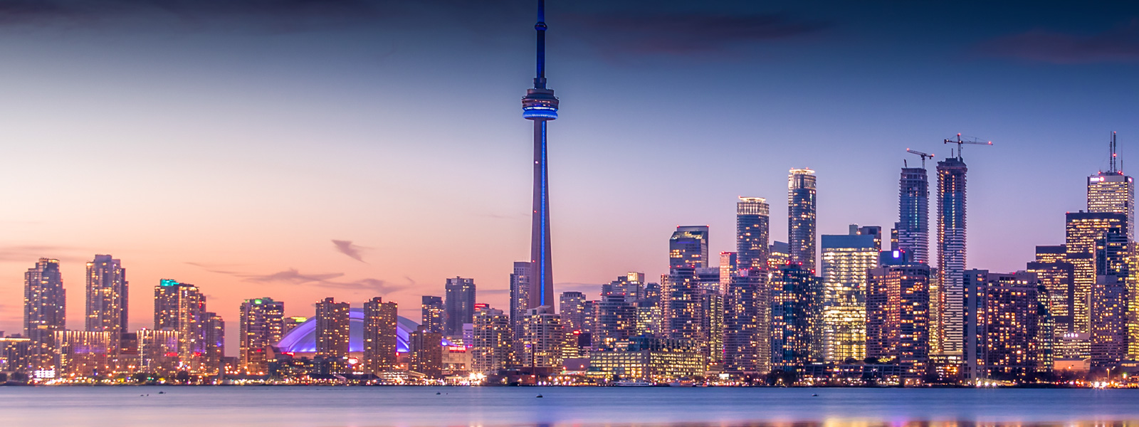 Canada is currently welcoming a considerable number of migrants. Our migration consultant partner in Canada will help you to find the best solution.